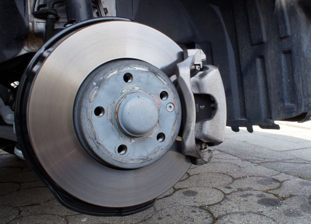 brake-system-2173372_1920